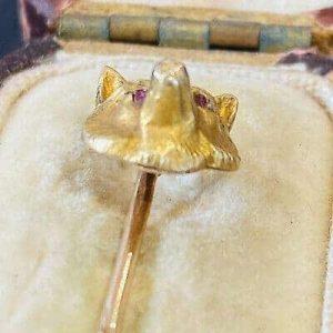 Victorian 9ct, 9k, 375 Gold Ruby eyed Fox head, mask stick, tie pin & box, C1896