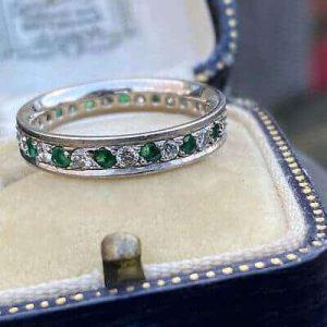 Fine, Vintage 18ct, 18k, 750 white gold Emerald & Diamond full eternity ring