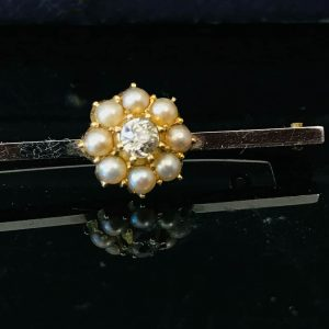 Exquisite Edwardian high carat Gold, Pearl & old-cut diamond bar brooch in box