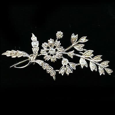 Edwardian Style, 18ct, 18k, 750 gold Diamond floral brooch, pin