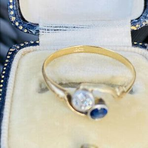 """Pretty Edwardian 18ct, 18k, 750 Gold Sapphire & Diamond """"Toi et Moi"""" you and me"""