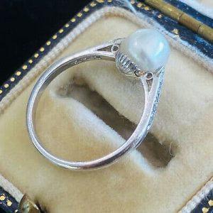 Fine, Art Deco, Platinum PT950, Saltwater 7mm Pearl & Diamond ring, Circa 1920