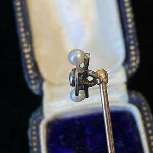 Superb, Art Deco 18ct, 18k, 750 Gold & Platinum Pearl & Diamond stick pin in box