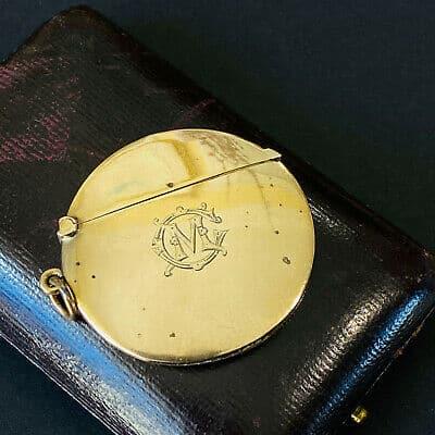Edwardian 9ct, 9k, 375 gold vesta case, match box, Chester 1910, with monogram