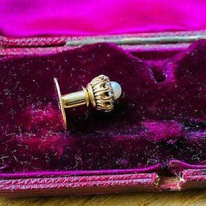 Victorian 15ct, 15k Gold Pearl & Diamond cluster stick, tie, cravat pin in box