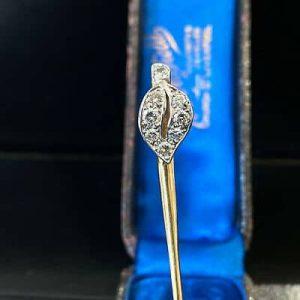 Fine, Art Deco, high carat gold, Diamond 0.35ct leaf design, stick, tie pin