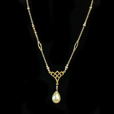 Pretty Art Deco 9ct, 9k, 375 Gold faux Pearl, Necklace, Lavalier, Circa 1935
