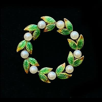 French, Victorian 18ct, 18k, 750 Gold, Enamel & Pearl wreath, brooch pin, C1880