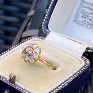 Gorgeous, Victorian 18ct, 18k, 750 Gold, Rose-cut Diamond (0.40ct), daisy cluster engagement ring