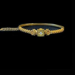 Fine, Antique, Victorian, 15ct, 15k, 625 Gold, Diamond Etruscan bangle, C1880