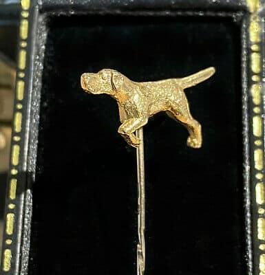 Vintage 9ct, 9k, 375 Gold hunting, gun dog cravat, stick, tie, lapel, cravat pin