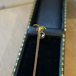 Art Nouveau 9ct, 9k, 375 Gold Aquamarine & seed pearl berry,stick,tie,cravat pin