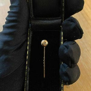 Victorian 18ct, 18k, 750 Gold old-cut Diamond stick,tie,cravat,lapel, stock pin
