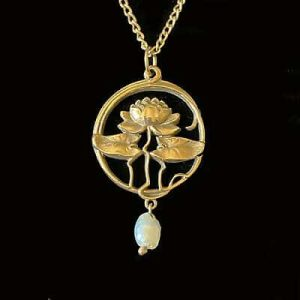 Vintage 9ct, 9k, 375 Gold lotus flower and pearl pendant on chain, Circa 1989