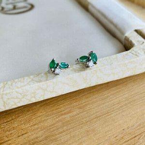 Pre-owned 18ct, 18k, White Gold 750 Emerald & Diamond stud Earrings