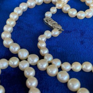 Classic, Cultured Saltwater Pearl necklace on 9ct gold diamond bow clasp C1960