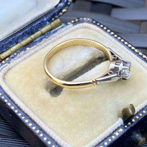 Art Deco, 18ct, 18k, 750 Gold & Platinum, Diamond Solitaire engagement ring
