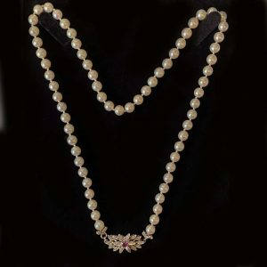 Classic, Cultured Saltwater Pearl necklace on 18ct white gold Ruby clasp