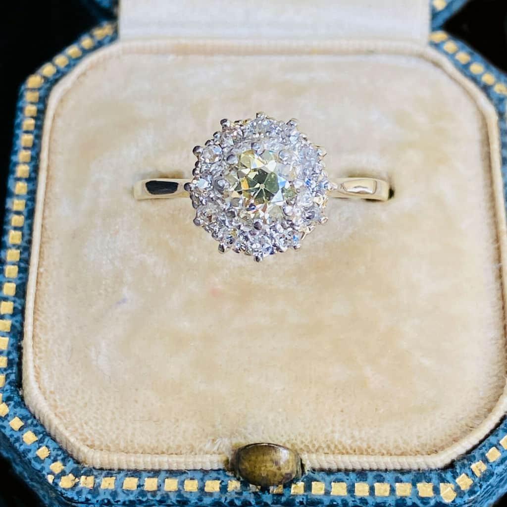 Edwardian 18ct, 18k, 750 Gold yellow Diamond 0.80ct cluster engagement Ring