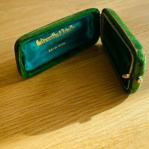 Edwardian 15ct, 15k, 625 Gold twin Diamond (0.80ct) tie, cravat, stick pin C1910