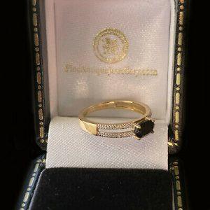 Vintage 9ct, 9k, 375 Sapphire and Diamond dress ring