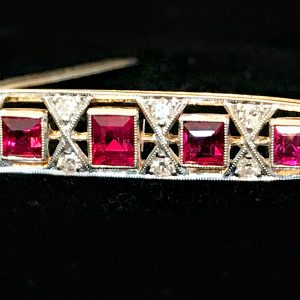 Art Deco 15ct, 15k, 625 Gold and Platinum, Diamond & Synthetic Ruby bar brooch, Circa 1935