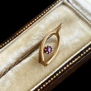 Edwardian 15ct/15k,625 Gold Ruby Lucky wishbone stick,tie,cravat,lapel,stock pin