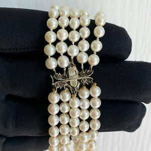 "Art Deco Cultured Saltwater 4.5mm Pearl bracelet on diamond clasp, 6.75"" / 17.5"