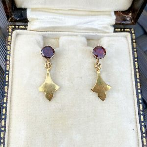 Victorian Gold Garnet 'fleur des lys' drop Earrings with screw fittings, C1880