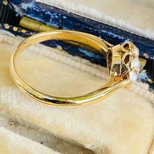 SOLD - Pretty, Vintage, 18ct, 18k, 750 Gold Pearl & Diamond Cluster, dress Ring