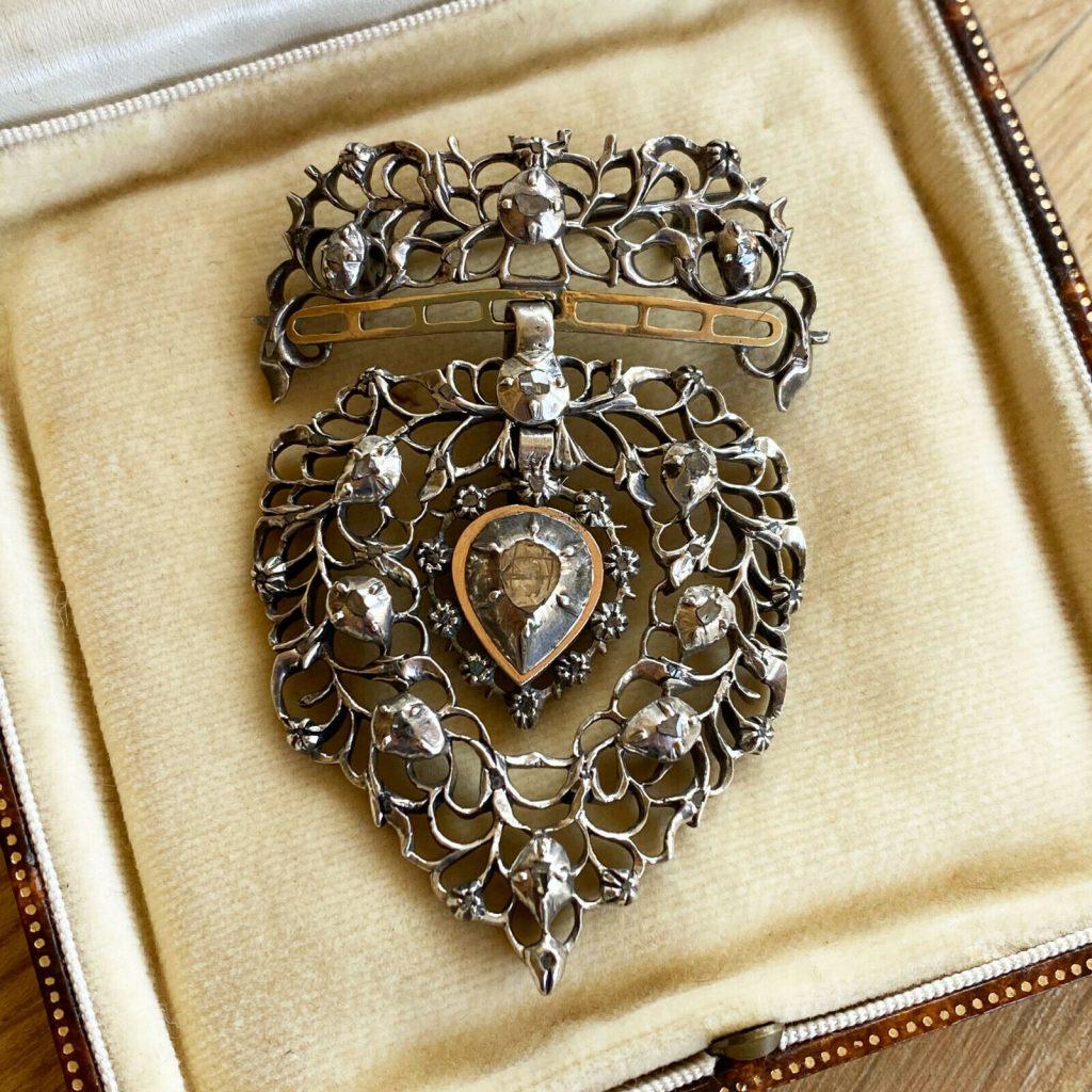 Exquisite, Flemish silver, rose-cut Diamond set 'Vlaams Hart' brooch / pendant