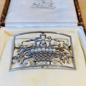 Fine Edwardian Belle Epoque 18ct Gold & Platinum Pearl and Diamond Brooch, C1901