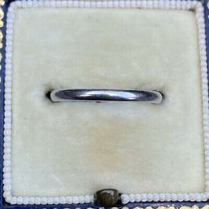 Classic, Platinum PT950, D-shaped wedding band, stacking Ring, 2.2 grams