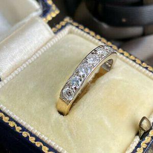 Gorgeous, 18ct, 18k, 750 gold, Diamond (1:00ct) half eternity, anniversary ring