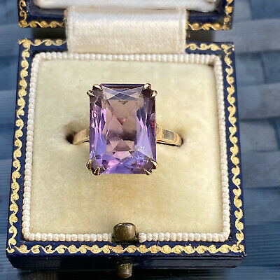 "Gorgeous 9ct, 9k, 375 Gold ""Rose de France"" Amethyst solitaire dress ring, 1968"