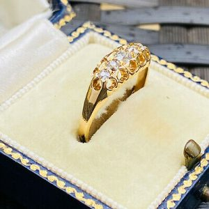 Victorian 18ct/18k 750 Gold Old-cut Diamond 0.25ct five stone boat ring, 1898-99