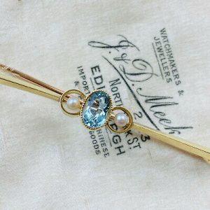 Fine, Edwardian 15ct, 15k, 625 Yellow Gold Aquamarine & Pearl bar brooch C1910
