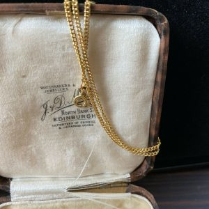 """Vintage 9ct, 9k, 375 yellow Gold curb link chain, length 17.5"""" / 44.5cm"""