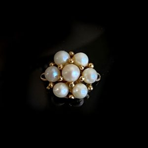 Vintage 9ct, 375 Gold Cultured Pearl daisy clasp, 13mm