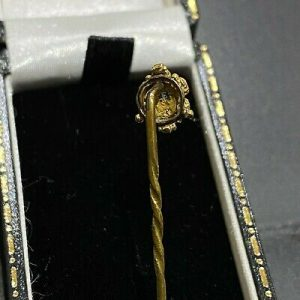 Georgian, Aquamarine and Ruby stick/tie/cravat pin, Circa 1830