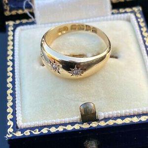 Edwardian 18ct, 18k, 750 Gold Diamond three stone, gypsy Ring, Chester 1904