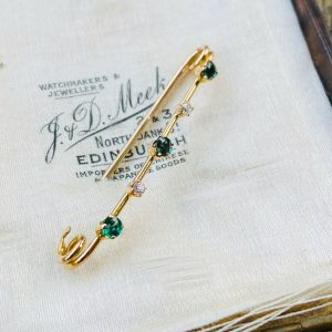 Edwardian 15ct, 15k, 625 Gold Demantoid Garnet & Diamond bar brooch, C1910