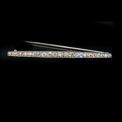 Exquisite, Edwardian, 18ct, 18k, 750 white gold 1.40ct Diamond line bar brooch