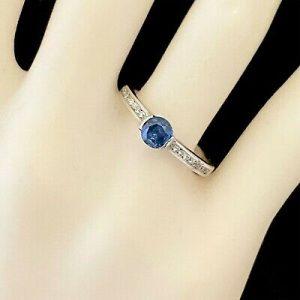Pretty, 18ct, 18k,750 White Gold, Sapphire & Diamond (0.66ct) engagement ring