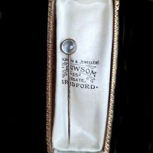 Victorian, 9ct, 9k, 375 rose Gold Moonstone stick, tie, cravat pin