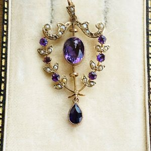 Edwardian 9ct/9k, 375 gold Amethyst and Pearl lavalier pendant, maker H&W, C1905