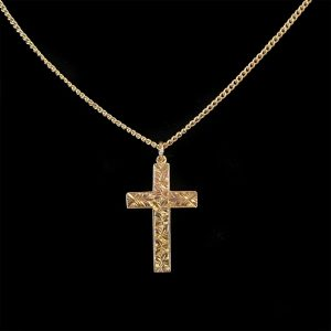 "Edwardian 9ct, 9k, 375 Gold, foliate engraved, cross pendant on 16.5 "" chain"