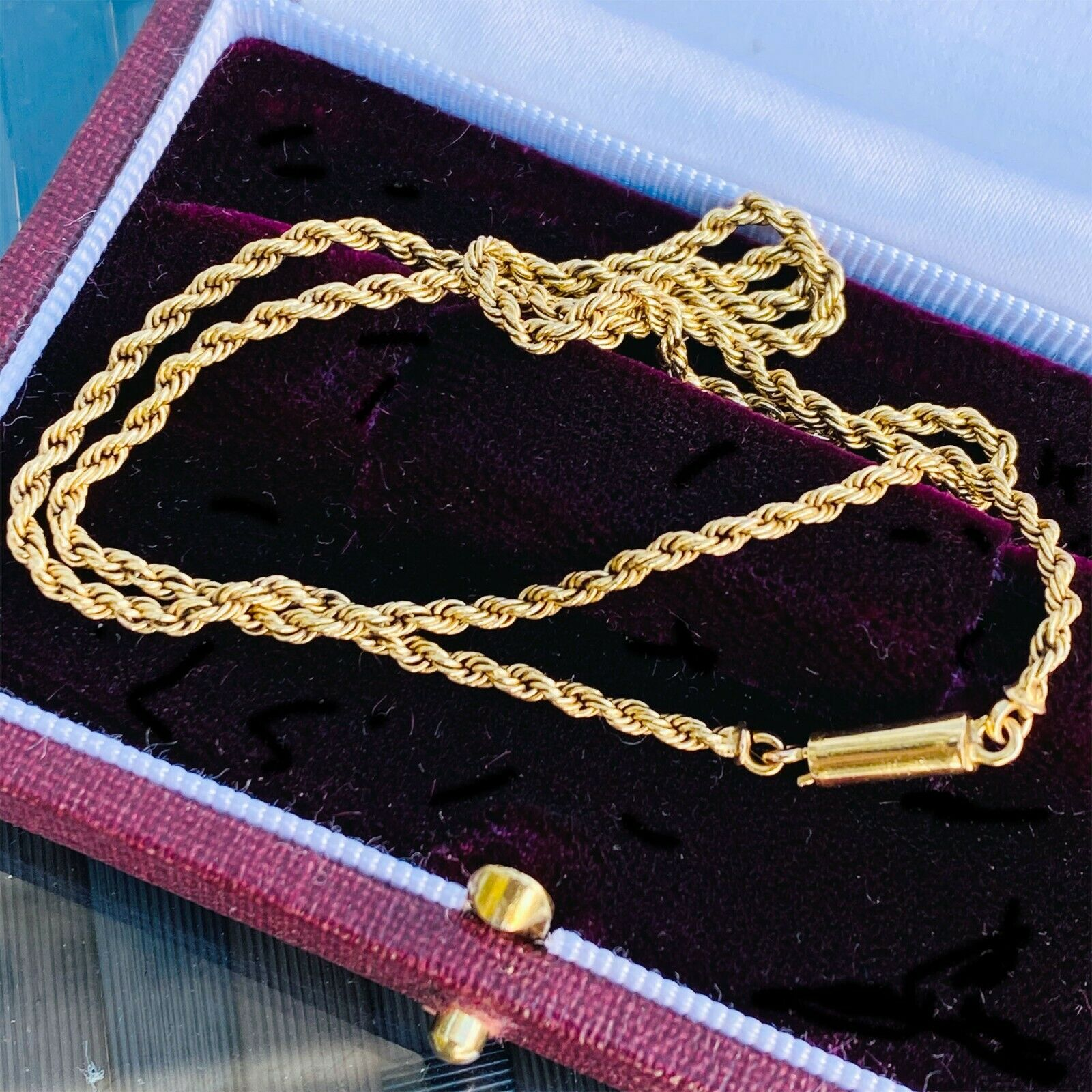 """Edwardian 15ct/15k, 625 Gold rope link chain with barrel clasp, length 15""""/38cm"""