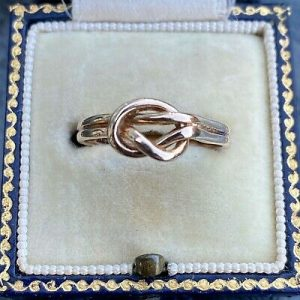 Charming, Vintage, 9ct, 9k, 375 Rose Gold, Lovers' knot ring, fully hallmarked