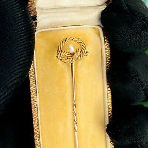 "Edwardian 15ct/15k, 625 Gold ""lovers knot' & Pearl Stick,tie,cravat,stock pin"